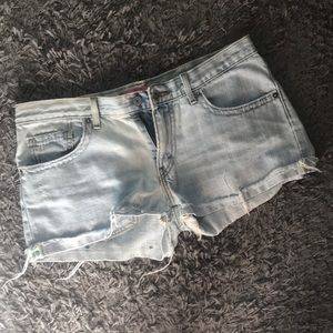 Levi's Boyfriend Fit Denim Shorts